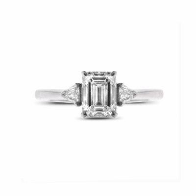 Emerald Cut & Trilliant Cut Claw Set Single Stone 0.91ct E VS2 GIA